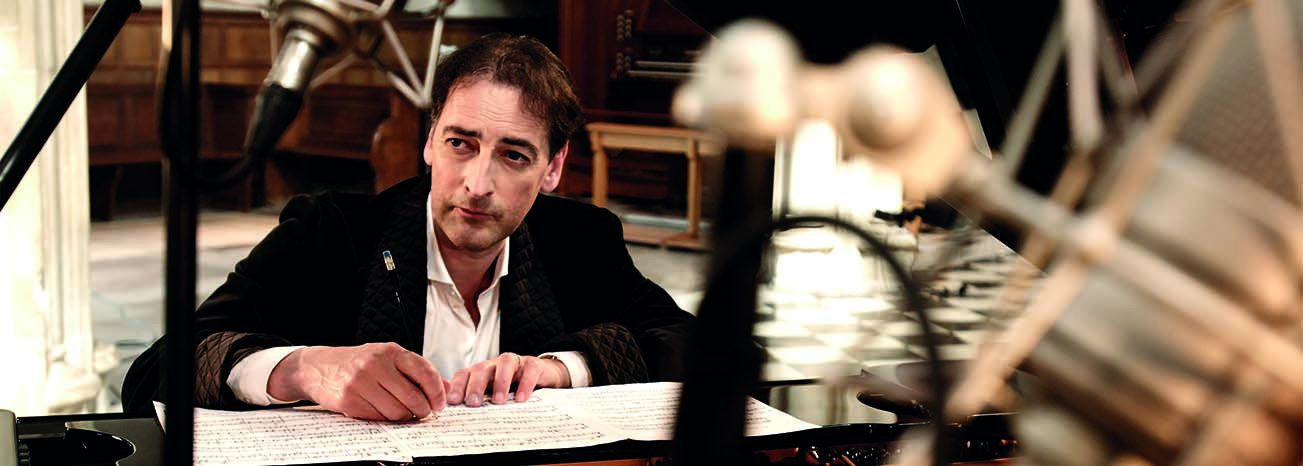 Alistair McGowan Introductions to Classical Piano